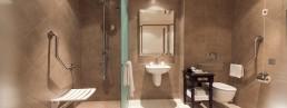 wheelchair-friendly-hotel-bathroom
